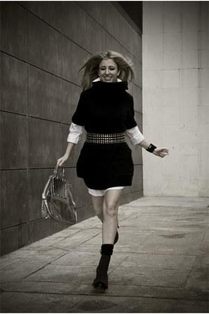 black Zara belt - black Camilla Skovgaard boots