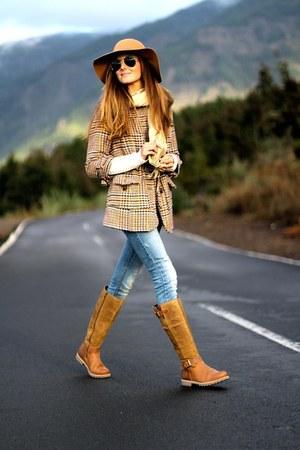 Zara coat - Panama Jack boots