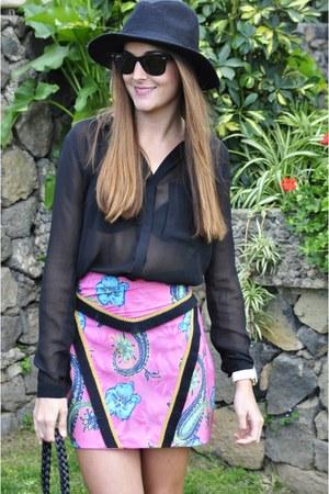 hot pink mayka ayong skirt - black Zara boots - black Lefties hat