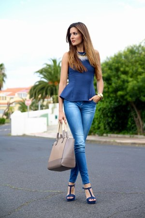 Primark top - Stradivarius jeans - Mango bag