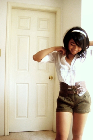 H&amp;M shorts - Forever21 blouse - belt