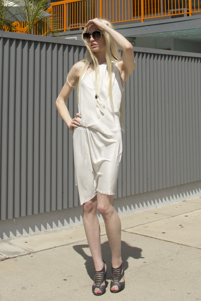 Helmut Lang dress - dita sunglasses - Chloe heels