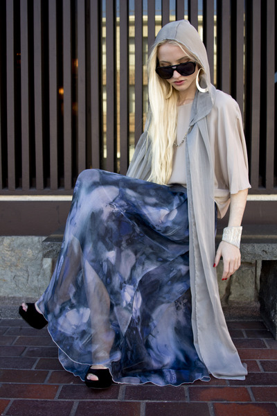 Mosely Tribes sunglasses - Thrift Store scarf - vince blouse - romwe skirt