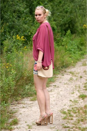 tan Bershka skirt