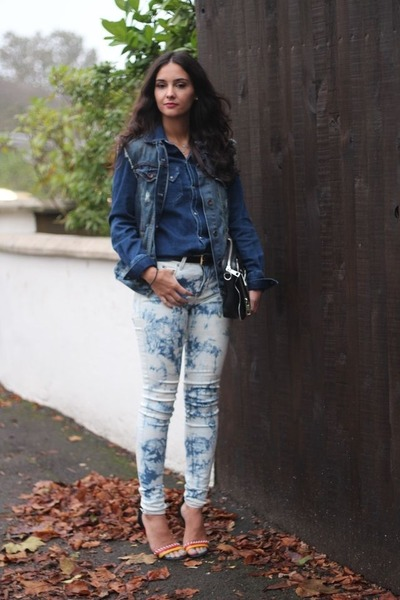 navy Urban Outfitters jeans - navy Zara jacket - blue denim shirt Zara shirt