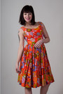Orange-vintage-from-market-publique-dress