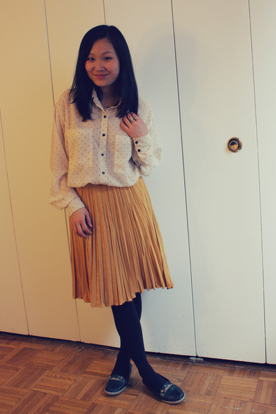 mustard Octobre 22 skirt - white American Apparel blouse - navy Aldo loafers