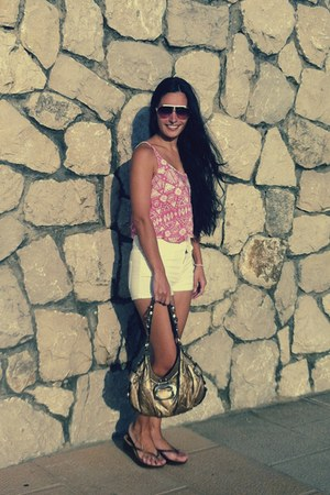 H&M t-shirt - Guess bag - H&M shorts