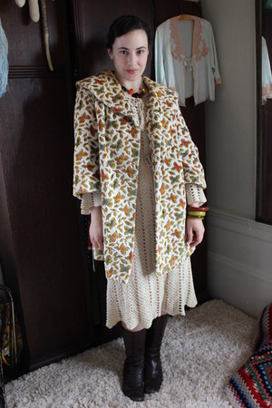 beige vintage coat - beige vintage dress - crimson vintage bracelet