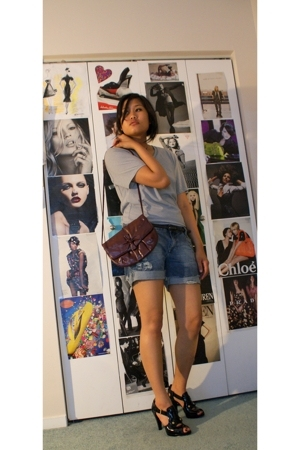 H&amp;M shirt - Zara shorts - Nine West shoes - forever 21 belt - Thrift Store purse