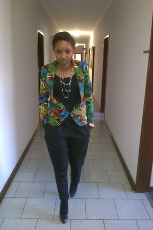 floral Mr Price blazer - Sasch top - tapered Foschini pants - panted Aldo pumps