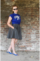 blue cotton t-shirt - dark gray denim MiciMici skirt