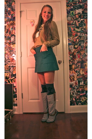 teal mini Urban Outfitters skirt - heather gray tall Shoedazzle boots