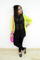 black Zara leggings - hot pink balu bag - black Bershka blouse