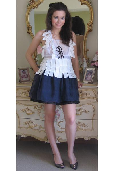 white Gail Sorronda top - blue sretsis skirt - gray Melissa shoes