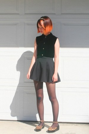 black diy velvet blouse - black diy heart stockings - black circle skirt
