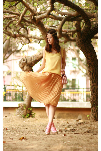 light yellow aconcept vest - yellow moolstory company from laurustinus skirt - g