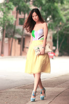periwinkle Sugarfree heels - light yellow romwe skirt