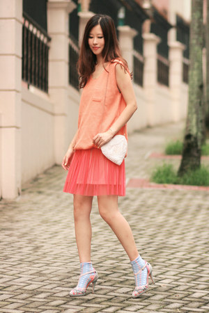 salmon Yesstyle vest - periwinkle anteprima heels
