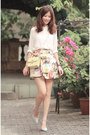Light-yellow-valentino-bag-mustard-chicwish-skirt