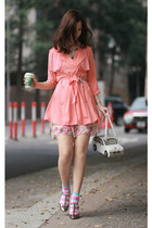 bubble gum Romwecom dress - salmon STAR coat - ivory Amliya bag