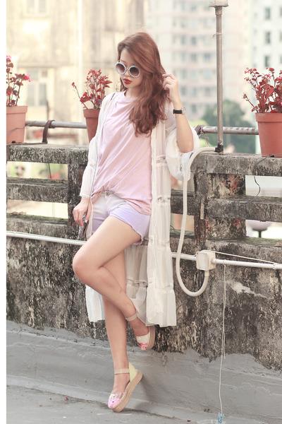 light purple Choies shorts - periwinkle romwe sunglasses - white Choies cardigan