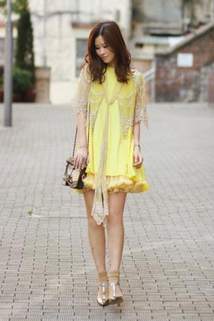 brown vintage bag - yellow from laurustinus vest - light yellow Darling cardigan
