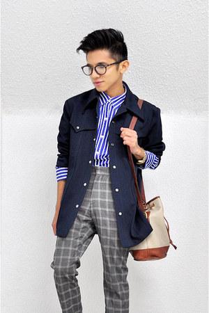 dark brown bucket bag vintage bag - navy vintage coat - blue vintage shirt