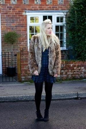 fur coat Missguided coat