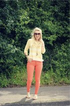 cream H&M sandals - orange OMGFashion jeans - sisters Urban Outfitters jumper