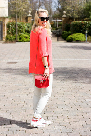 neon tosphop jumper - white Zara jeans