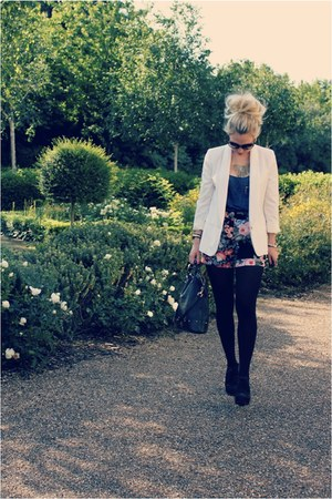 floral print warehouse shorts - cream old Topshop blazer - holly Mulberry bag