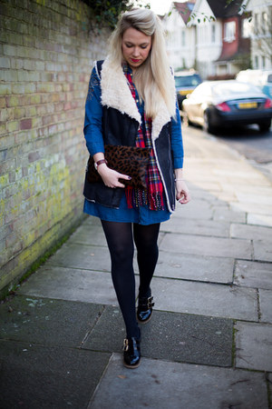 denim dress Topshop dress - gilet Zara coat