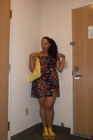 Forever21 dress - Forever21 purse - Wet Seal shoes