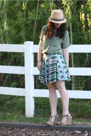 olive green Megan Nielsen skirt - forest green vintage blouse