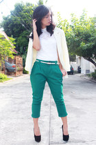 white Calliope top - green Seventeen pants - black Chick Flick heels