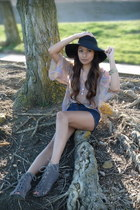 navy Levis shorts - peach Forever 21 blouse - gray Deena&Ozzy sandals