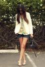 Light-blue-scarf-print-zara-blouse-navy-levis-jeans-silver-zara-sandals