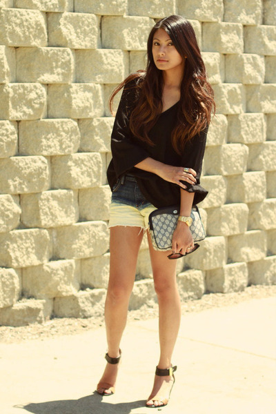 navy H&amp;M shorts - black Zara blouse - silver sabotage vanessa mooney ring