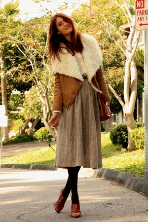 light brown Piko jacket - brown vintage skirt - tawny vintage