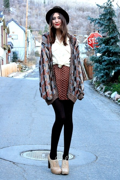 tawny vintage sweater - dark brown vintage hat - dark brown vintage skirt