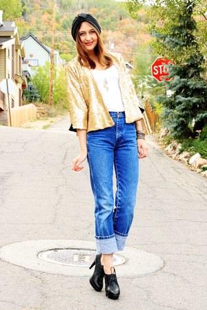 white American Apparel t-shirt - sky blue vintage Wrangler jeans