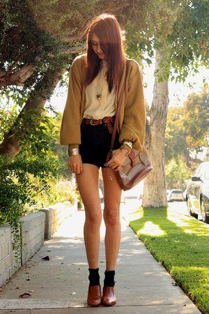 brown wwwsleepwalkerlacom shoes - beige thrifted sweater - black Levis shorts