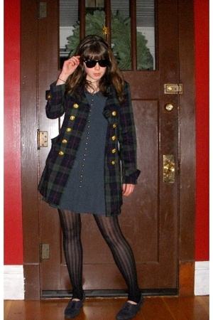 sunglasses - forever 21 coat - dress - Urban Outfitters tights - shoes
