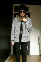 black vintage cardigan - black aa shirt - black hm jeans - brown vintage accesso