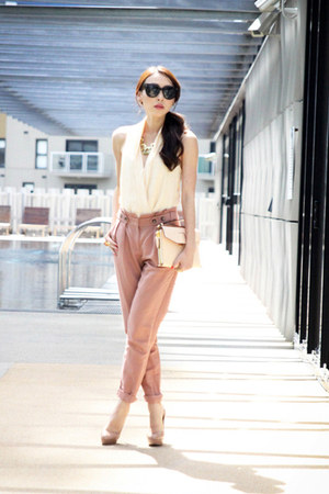 light pink clutch Alexander Wang bag - pink tapered Topshop pants