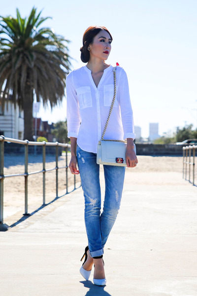 white Forever New shirt - periwinkle boyfriend jeans Zara jeans