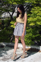 navy Forever 21 skirt - beige PERUGIA boots - gold Juicy Couture bag