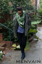 Aussie Disposal coat - Levis jeans - cotton H&M t-shirt - Acupuncture sneakers