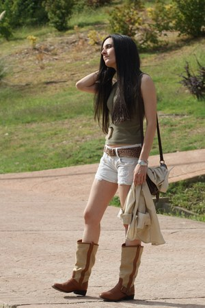 boots - bag - shorts - top